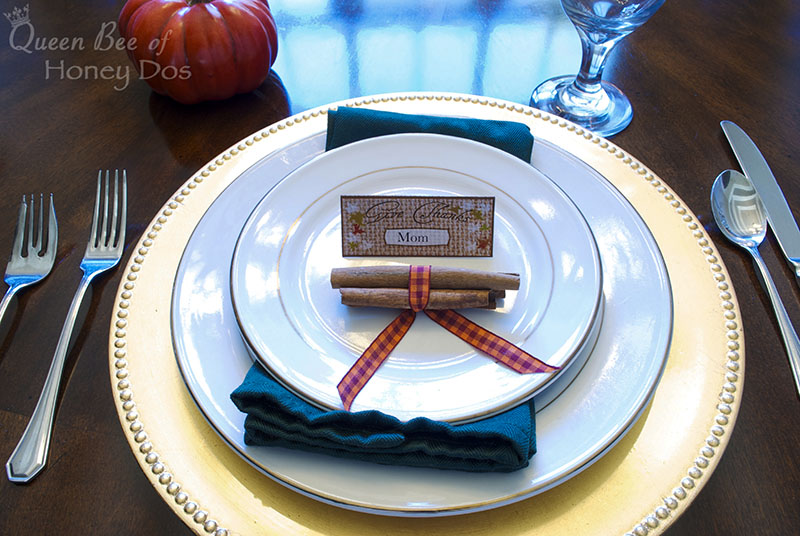 7 Fabulous Thanksgiving Place Settings