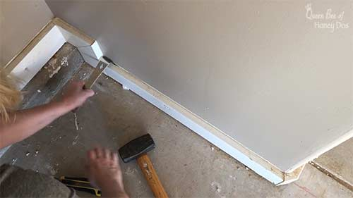 How to remove baseboards without damaging sheetrock.