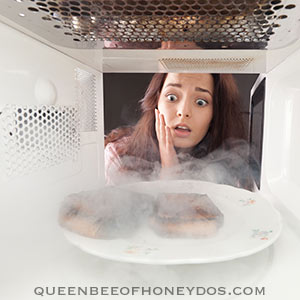how to remove burnt odor from microwave
