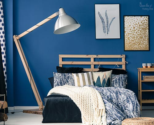 bedroom painted with Navy
