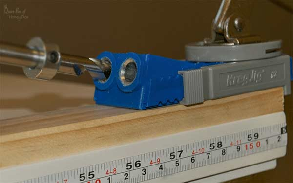 drilling pocket holes with the Kreg R3